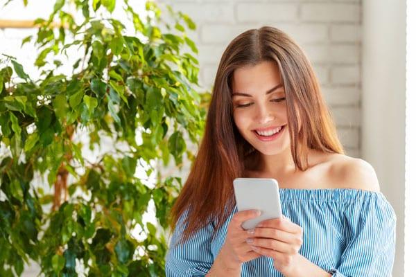Top 8 Best Dollar General Prepaid Cell Phones in 2020